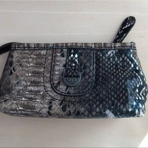 ESPRIT snakeskin patterned pouch with zipper 💋